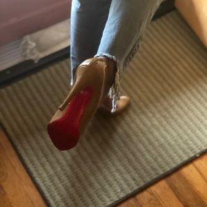 Christian Louboutin Shoes - CHRISTIAN LOUBOUTIN DECOLLETE 868 100 PAT CALF 39